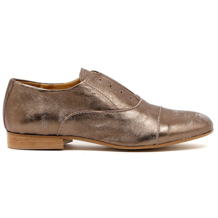 VIVIENNES by BELTRAMI. Embrace the manstyling! Crafted from Italian leather with a distressed metallic finish, this shoe is a satisfying addition to your transeasonal wardrobe. An autumn/winter essential. Easily mixed with classics and on trend pieces this winter, is your choice cigar cut pants or a wrap around dress? Made In Italy. Leather upper, leather lining. 2cm heel. Manmade sole.  www.cinori.com.au/viviennes/w1/i1203098/