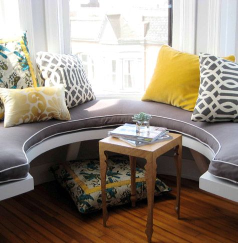 .Ideas, Bays Windows, Windows Benches, Windows Seats, Living Room, Grey Yellow, Colors Schemes, Window Seats, Pillows