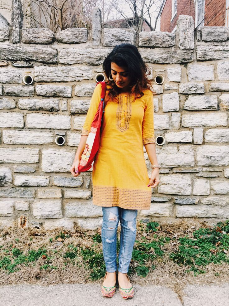 Styling a yellow kurta with ripped jeans