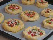 Hazır Yufkadan Kuş Yuvası Böreği Tarifi Hazırlanış Resmi 12 - Kolay ve Resimli Nefis Yemek Tarifleri