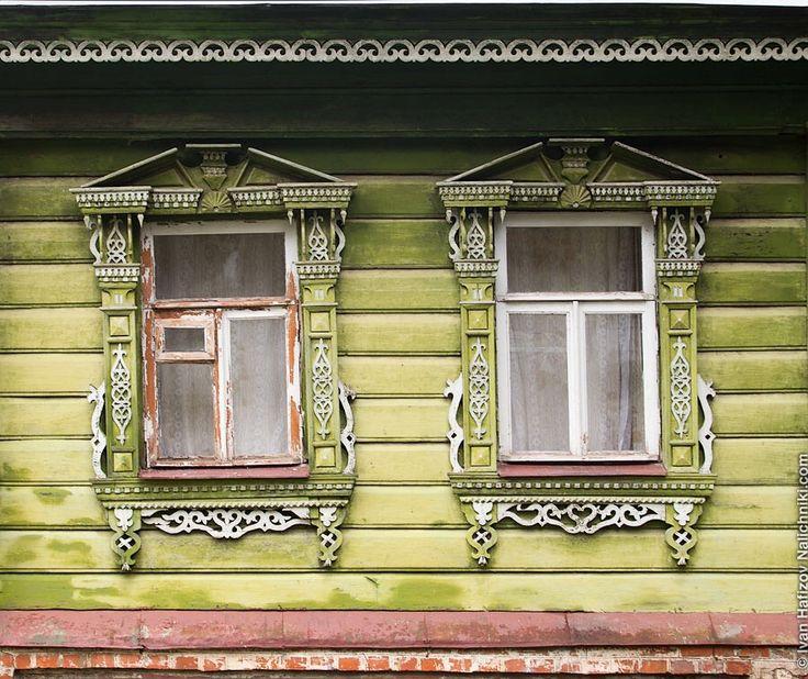 Зеленые окна Суздаля - http://nalichniki.com/zelenye-okna-suzdalya/