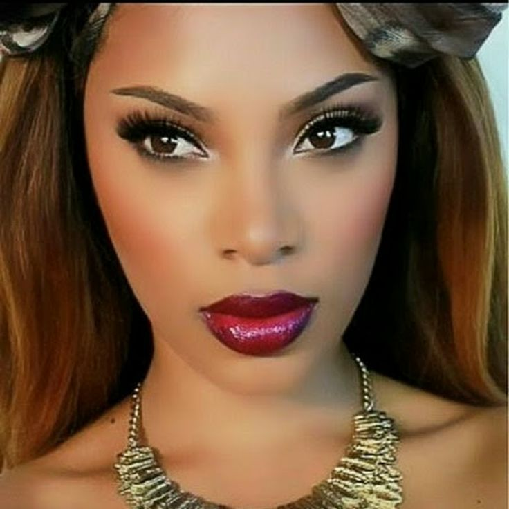 Msroshposh Wearing Iman Luxury Radiance Liquid Makeup Shade Clay Check Out Her Fall Inspired Tutorial On Yt
