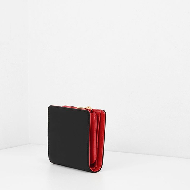Classic Wallet | CHARLES & KEITH