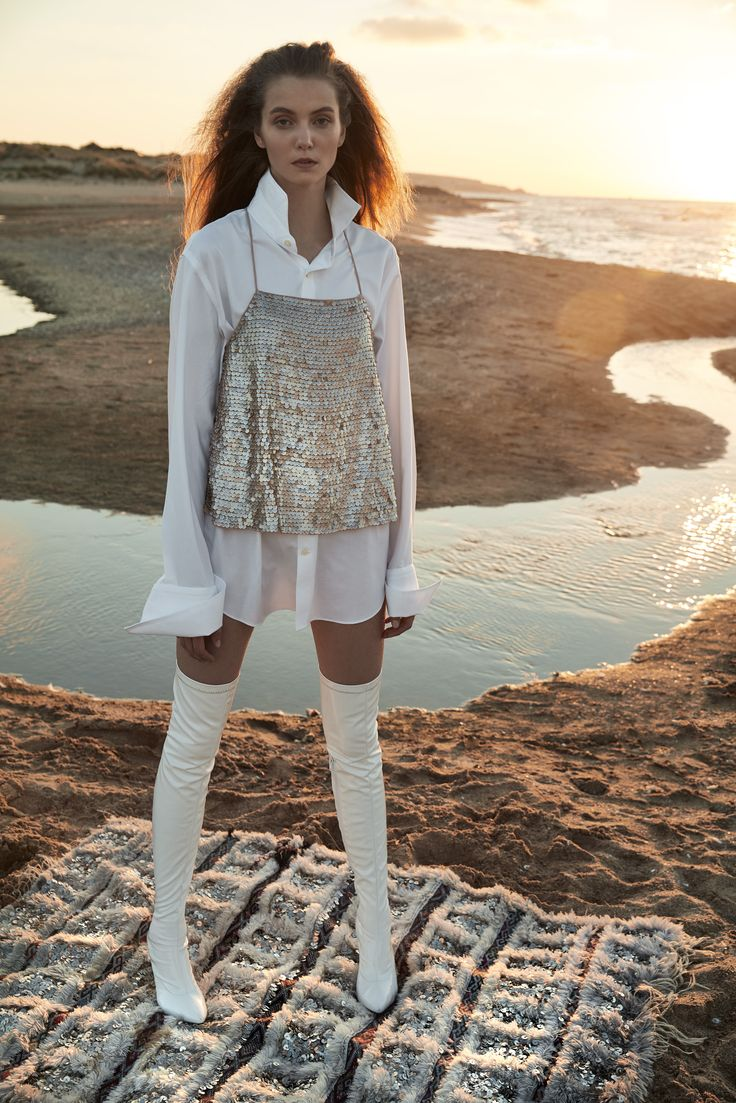 Marie Claire Turkey \ Agust 2016  Photographer: Ergin Turunc Fashion: Tugce Ulkumen \ Mert Yemeniciogly  Hair Stylist: Nuri Sekerci  Make up Artist: Ece Karagulle