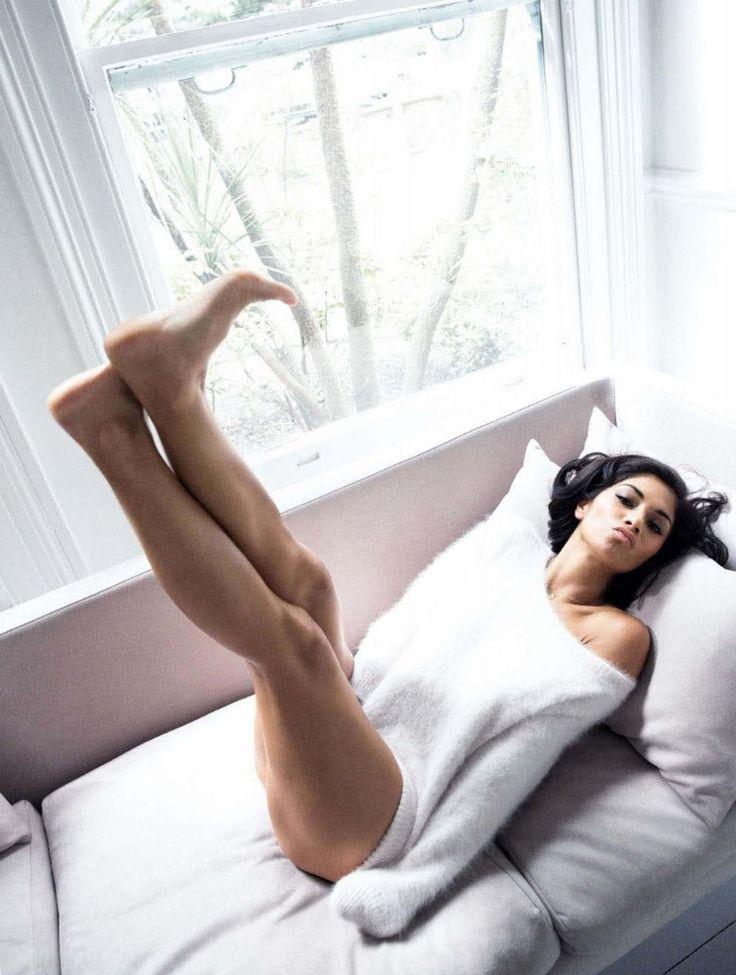 nicole-scherzinger-by-simon-emmett-for-glamour-uk-october-2013-1
