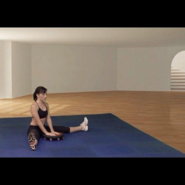 freeFORM dynamic wide legged forward bend. #freeformboard #mobility #flexibility #rangeofmotion #stretching #yoga #upavistakonasana #pilates #fitness #functionaltraining