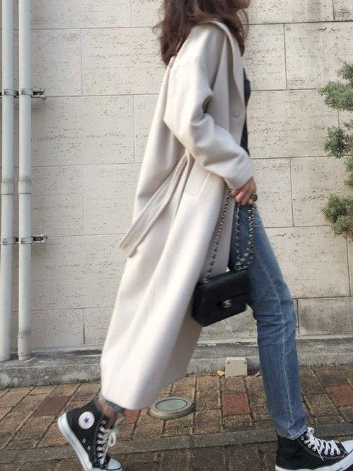 羽織るだけでオシャレに見える♡ロング丈コートの着こなし術 - Locari(ロカリ)