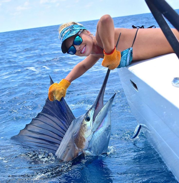 Quepos Fishing - American Owner and Captain Charter Sport Fishing Boat in Quepos Costa Rica