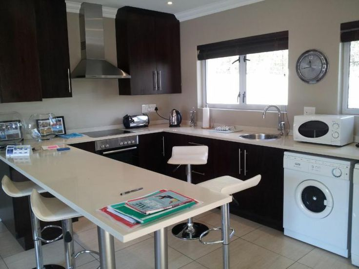 Private Furnished Flatlet for Discerning Executive Tenant | Rosebank | Gumtree South Africa | 109754752