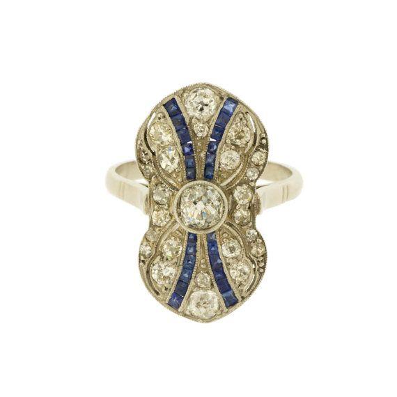 Gorgeous Art Deco Diamond and Sapphire Gemstone Platinum Ring