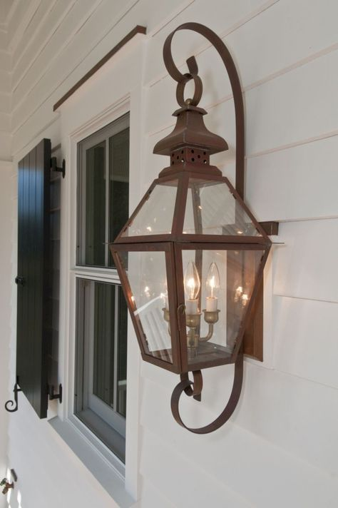Best  Traditional Wall Outdoor Lighting to Makes Your Home Get Vintage Touch