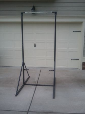 Homemade free standing pull up bar crazy homemade for Free standing bar plans