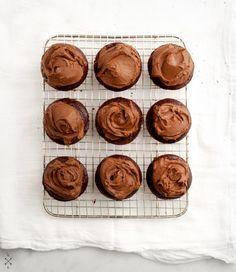 Vegan Chocolate Cupcakes & Avocado Frosting