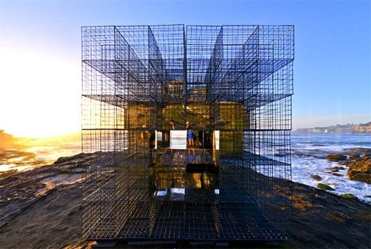NEON's House of Mirrors Creates a Trippy, Kaleidoscopic View of the Australian Beach Landscape