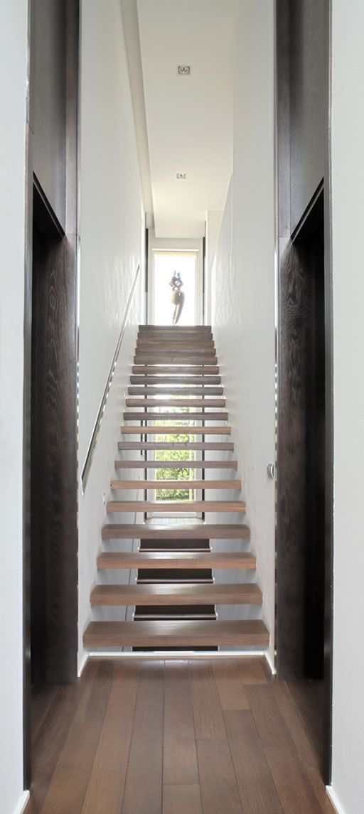 A cero projects treppen stairs staircase for Minimalismus im haus buch