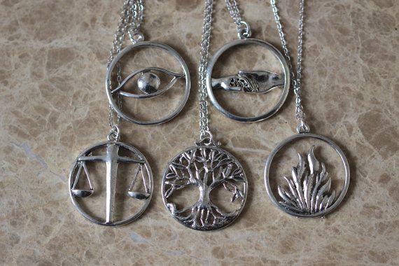 5pcs antique silver Divergent necklace by BrandonJewelryStudio