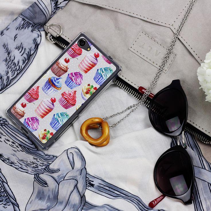 #case #cupcakes #etuo #sunglass #faltbags http://www.etuo.pl/etui-na-telefon-kolekcja-food-porn.html