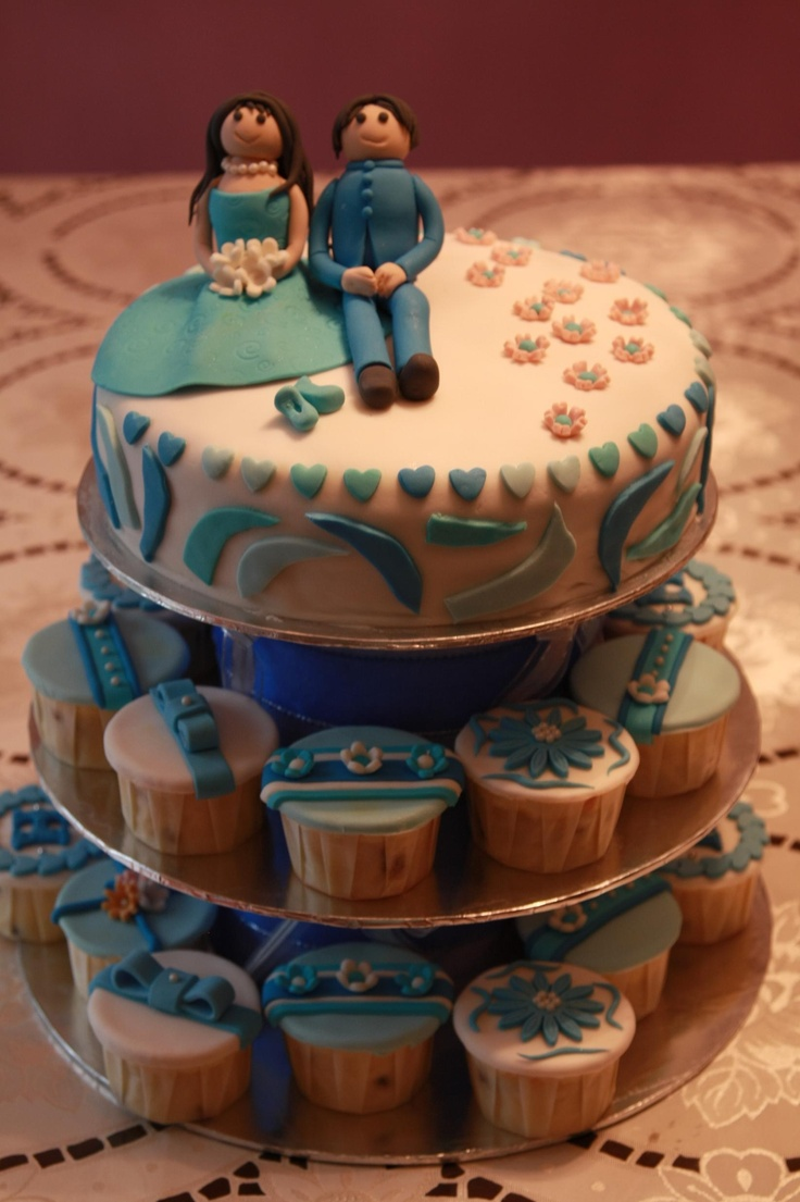 Blue themed wedding cake