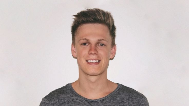 Caspar lee Age, Height, Net Worth, Weight, Wiki, Biography And Other