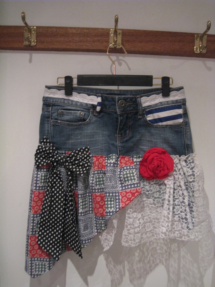 365 days of craft: Day 299-upcycle your jeans into a skirt!