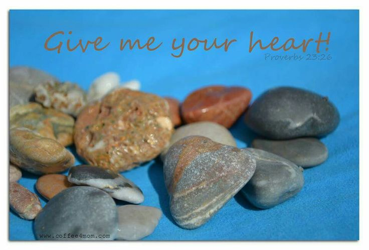 Beach stones. Heart.  CARDS www.coffee4mom.com