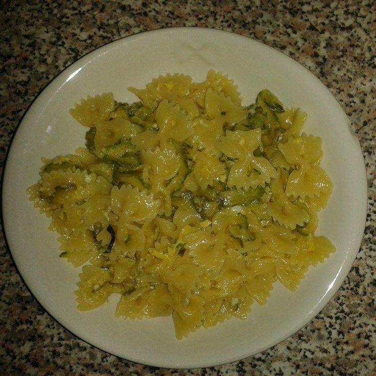 #Farfalle con #zucchine e #uova  #pasta