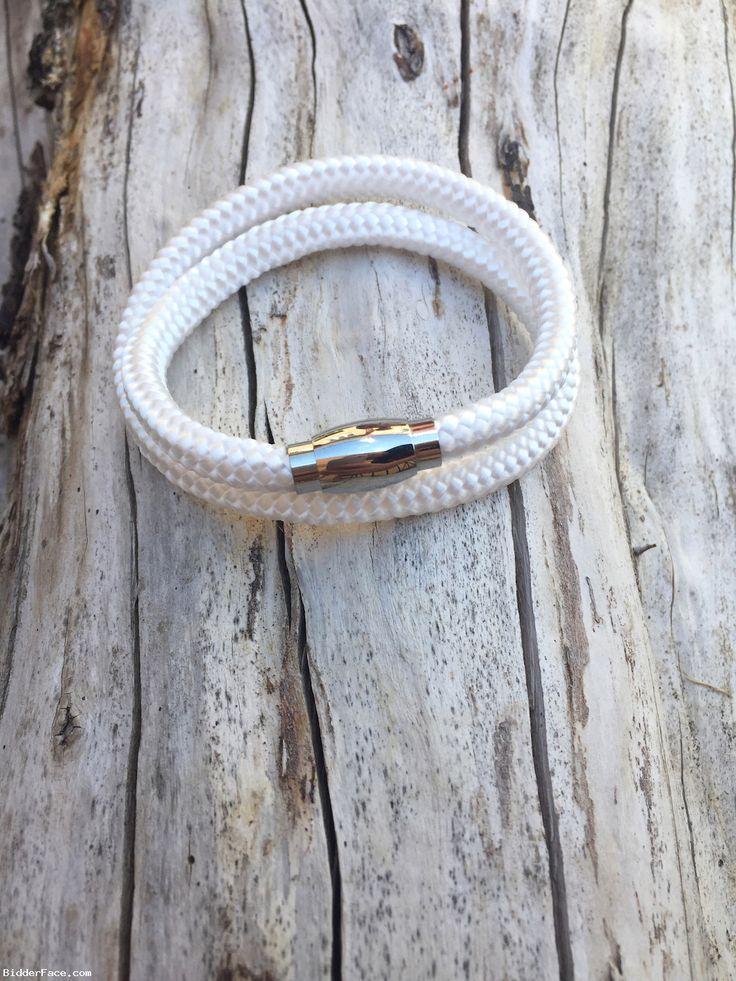 White bracelet  / Biely náramok