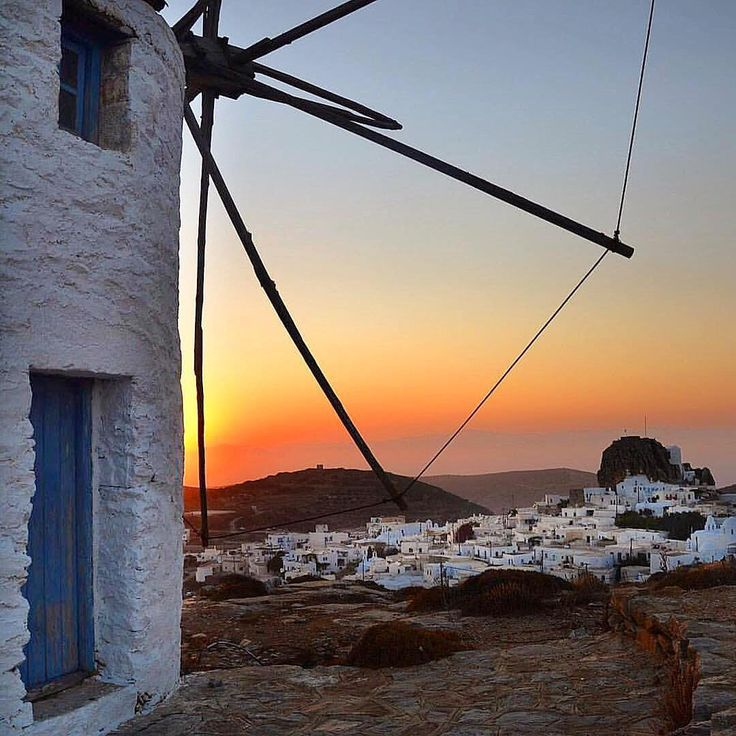 Amorgos island (Αμοργός)❤️. Beautiful Cycladic windmill and Sunset combination !