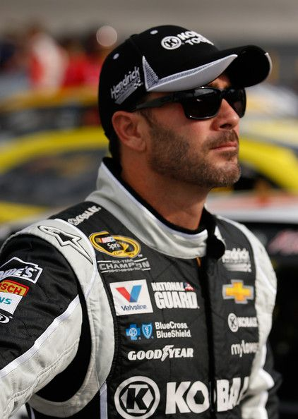 Jimmie Johnson Photos: Bristol Motor Speedway: Day 2