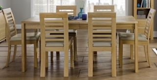 Oak dining sets on sale. Huge selection of Oak dining table and chairs in rustic, reclaimed and oiled finish. Solid oak dining sets also on sale