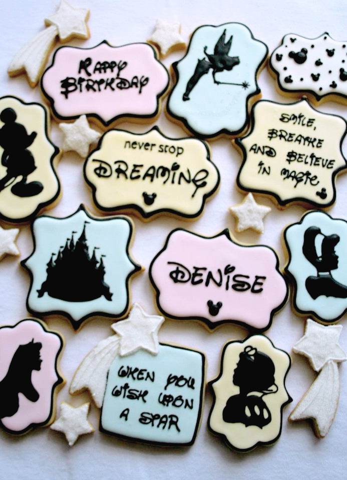 Love these cute Disney inspired cookies by Sugar Sugar