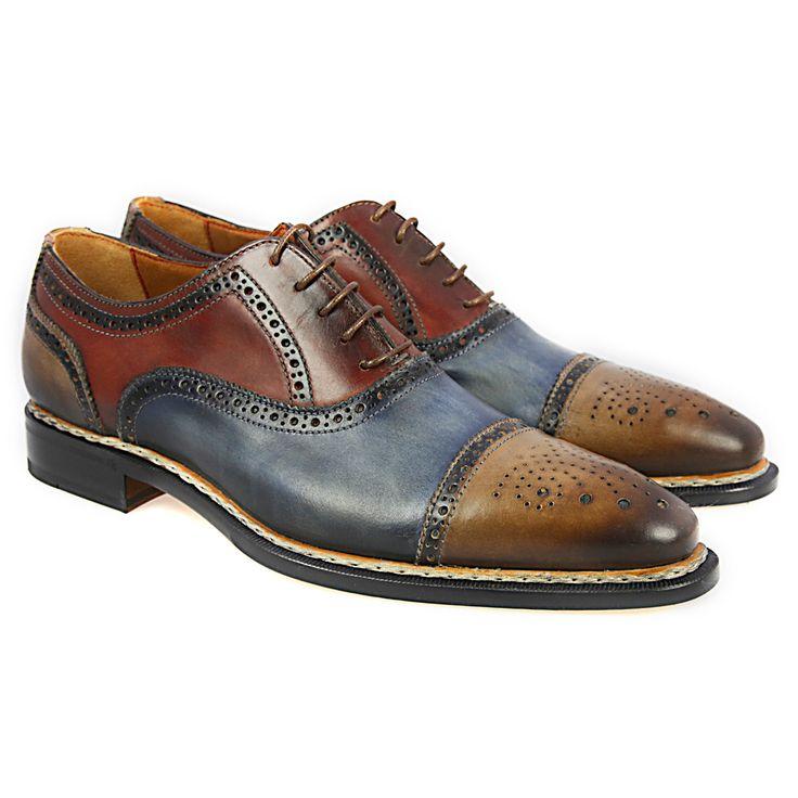 Floris van Bommel  #JustBuyTheShoes