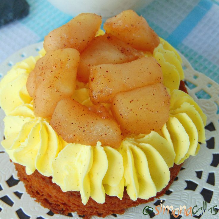 Tarte cu mere si vanilie - Prajitura cu mere, vanilie si scortisoara - simonacallas