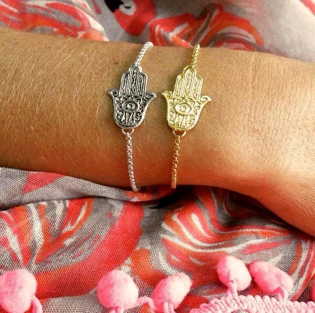 Corrente Mão de Fatima em prata e prata com banho de ouro +info: joias.she@gmail.com