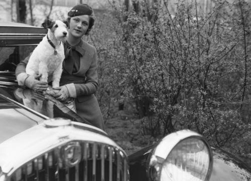 Photo by Zoltan Glass 1933Post, Dogs, Doggie Moments, Woman, Vintage Vehicle, 1933 Via Nat, Glasses 1933, Doggie Oggi