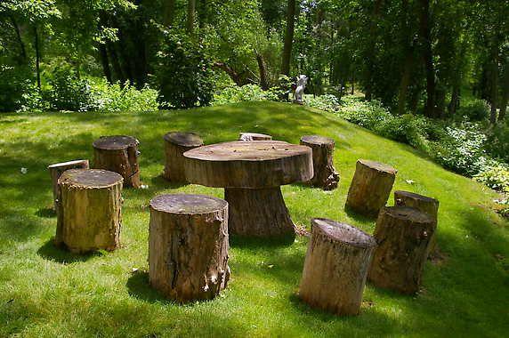 tree stump stools