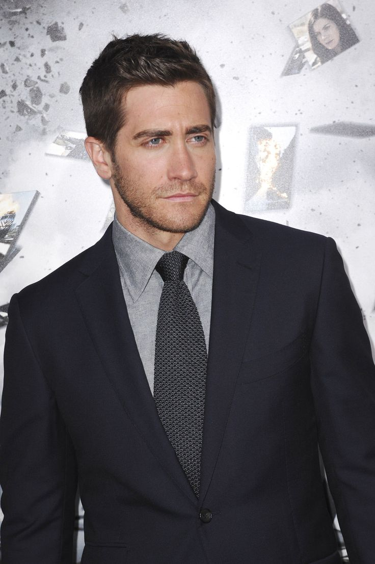 suit referenceSuits Of Clothing, Suits Porn, Things Jake, Suits Ties Dressy, Suits Reference, Hot, Jake Gyllenhaal, Gyllenhaal News, Beautiful People