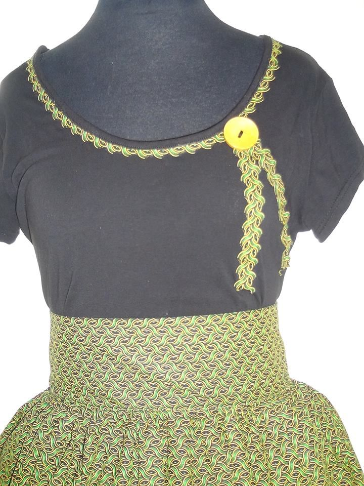 Seshoeshoe / seshweshwe t shirt and high waist skirt (facebook)