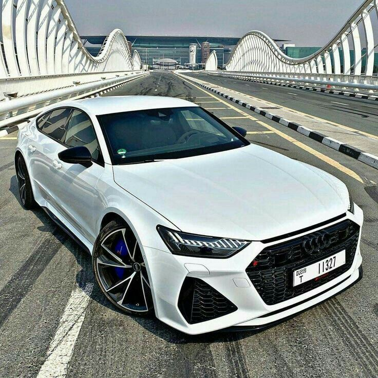 Pin de Betulka en cars en 2020 Autos deportivos, Autos