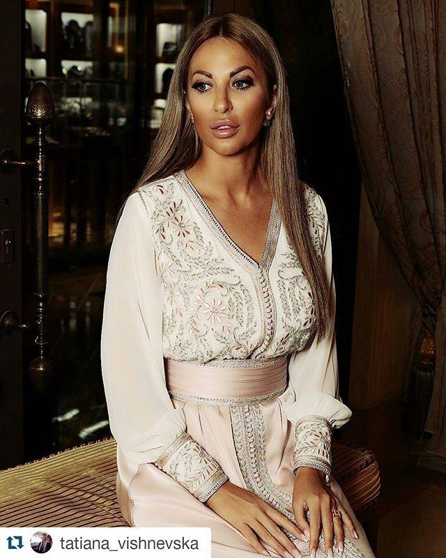 #Repost @tatiana_vishnevska with @repostapp ・・・ #myDubai #dubai #dxb #dubai360 #indubai #instalike #dubaitag #dubaidiamonds #дубай #оаэ #UAE #tvpresenter #tatianavishnevska #fab #lifestyle #culture #amraouicouture #luxurycaftans #chic #caftandumaroc #caftan2015 #sunsetmalldubai #photooftheday #myuae