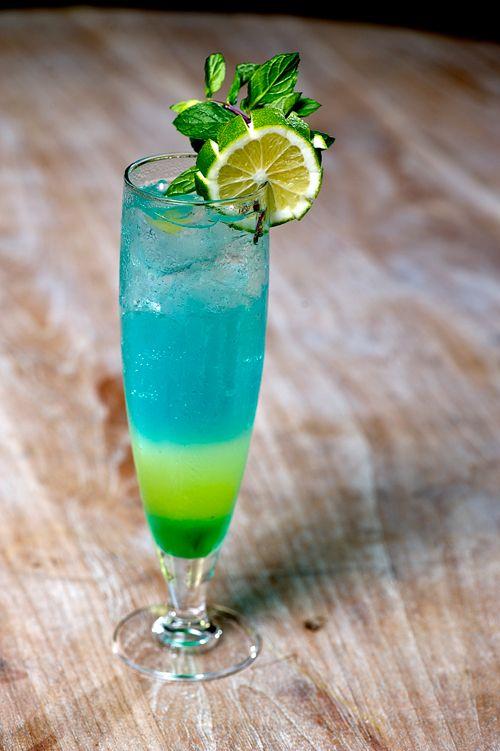 Souvent Les 25 meilleures idées de la catégorie Curaçao bleu sur Pinterest  NN84