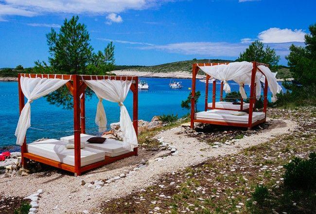 Pakleni Islands, Croatia  www.departmentofwandering.com