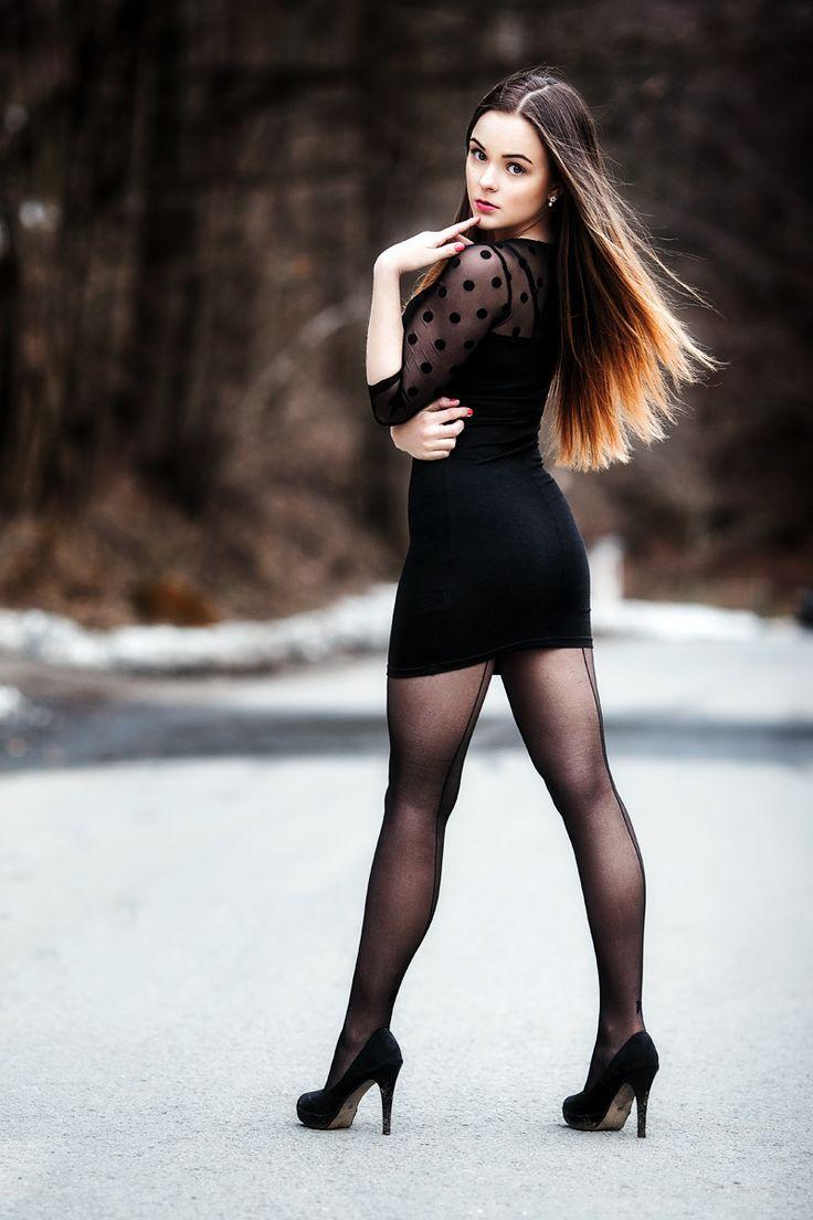 Women wearing black nylons-8727