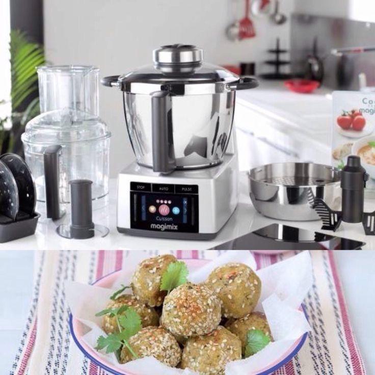 """Scopri come realizzare delle squisite """"falafel"""" con il fantastico Cook Expert di Magimix, robot multifunzione in grado anche di cuocere. #Magimix #CookExpert #robot #multifunzione #cottura #viaggi #street #food #market #falafel #polpette #legumi  http://www.cucinaincasa.com/novita/robot-che-cucina-magimix-cook-expert/2016/5163"""