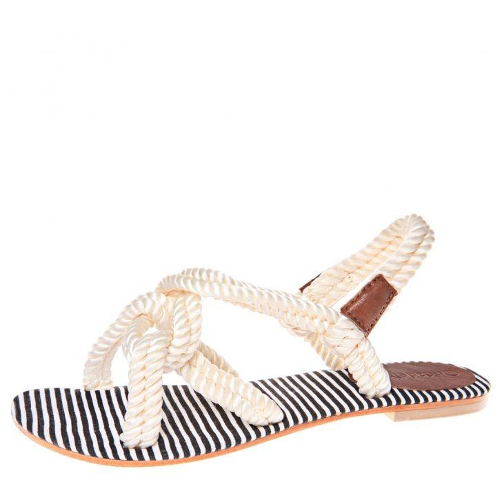 ¿Te gustan estás Sandalia de la marca OndadeMar de estilo #navy? Ideales para el verano y la playa
