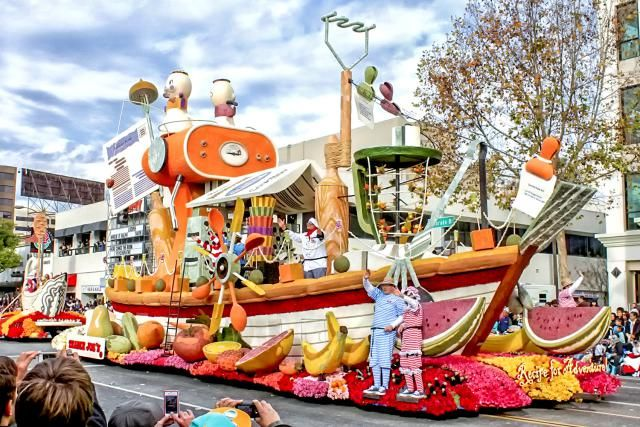 Tips for going to the Rose Parade and all the parade-related events in Pasadena. How to get tickets and how to view the floats before and after the parade.