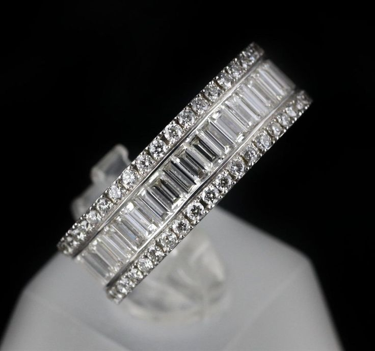 Mappin & Webb 18K White Gold 2.58 cts G VS1 Baguette & Brilliant ...