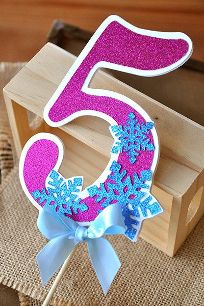 Such a cute Frozen birthday party number cake topper! Love it!