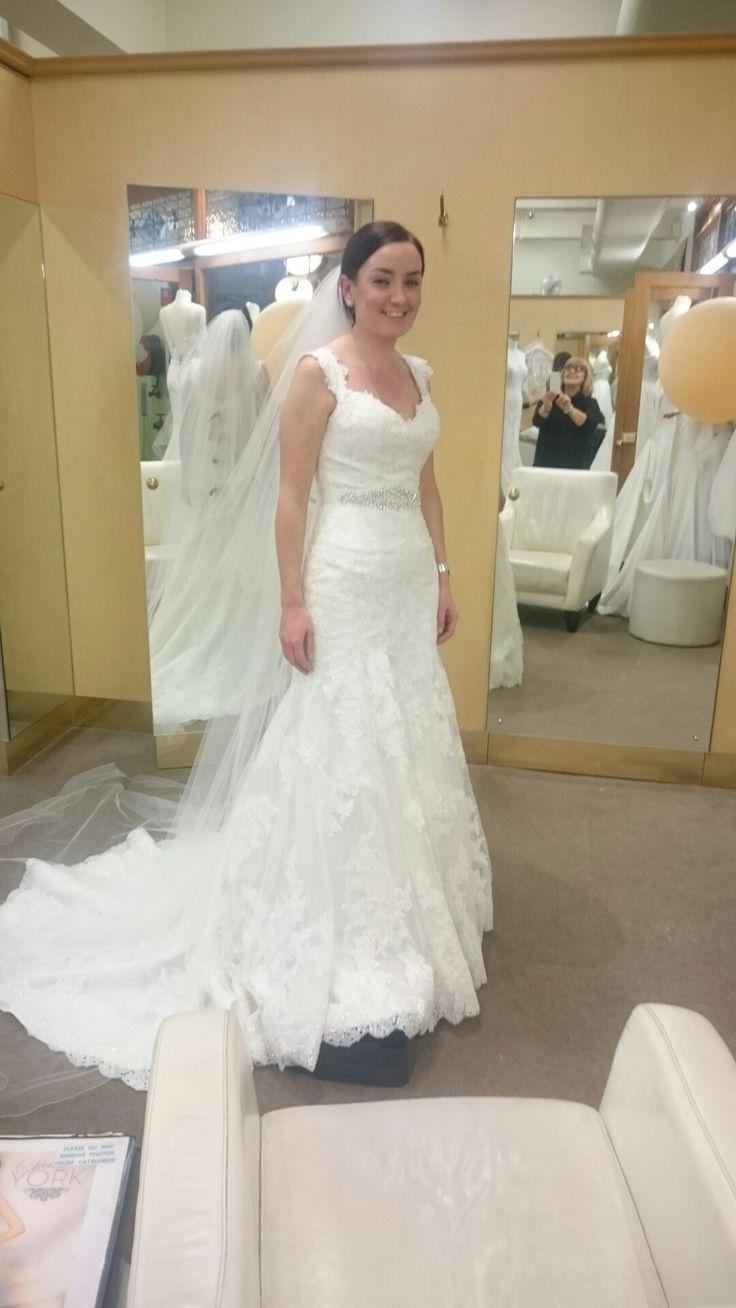 9 best Wedding Dress Inspiration images on Pinterest   Short wedding ...