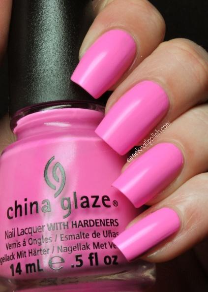 China Glaze - Bottoms Up